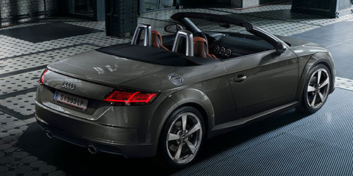 Audi TT Roadster in gelb